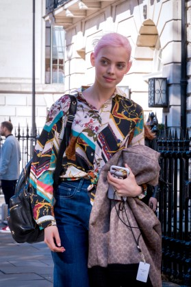 lfw-streetstyle-by-poli-alexeeva-the-impression-075