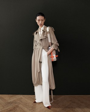 Burberry-pre-fall-2019-the-impression-43
