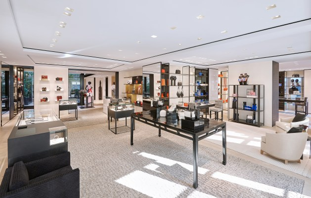 Chanel-boutique-19-rue-Cambon-Flagship-the-impression-39