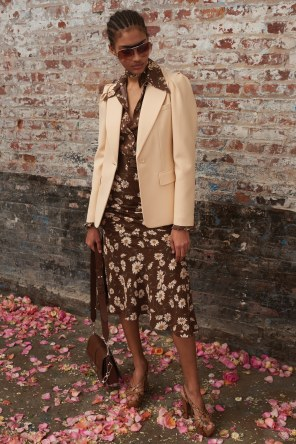 Michael-Kors-Collectioni-Pre-Fall-2019-Collection-the-impression-25