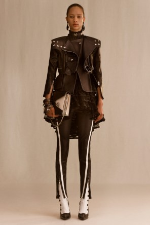 alexander-mcqueen-resort-2019-collection-the-impression-06
