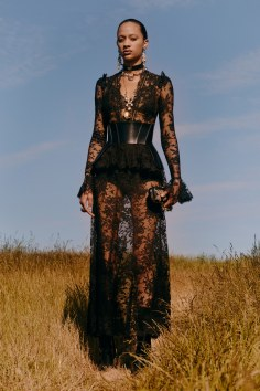 alexander-mcqueen-resort-2019-collection-the-impression-32