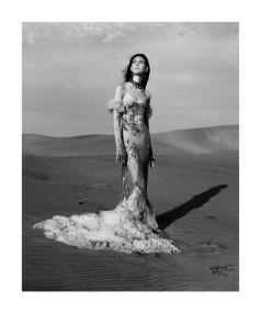 Alexander McQueen-alexander-mcqueen-spring-2017-ad-campaign-the-impression-06