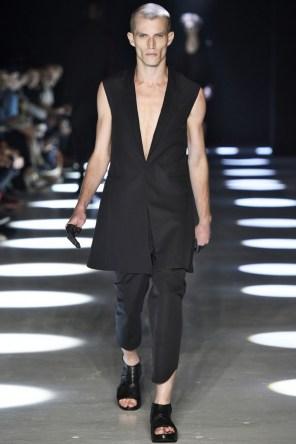 Alexandre-Plokhov-spring-2016-fashion-show-the-impression-003-682x1024