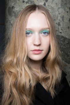 Alexis-Mabille-spring-2016-beauty-fashion-show-the-impression-50