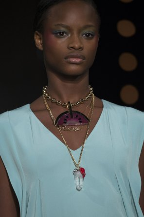 Alexis-Mabille-spring-2016-runway-beauty-fashion-show-the-impression-19