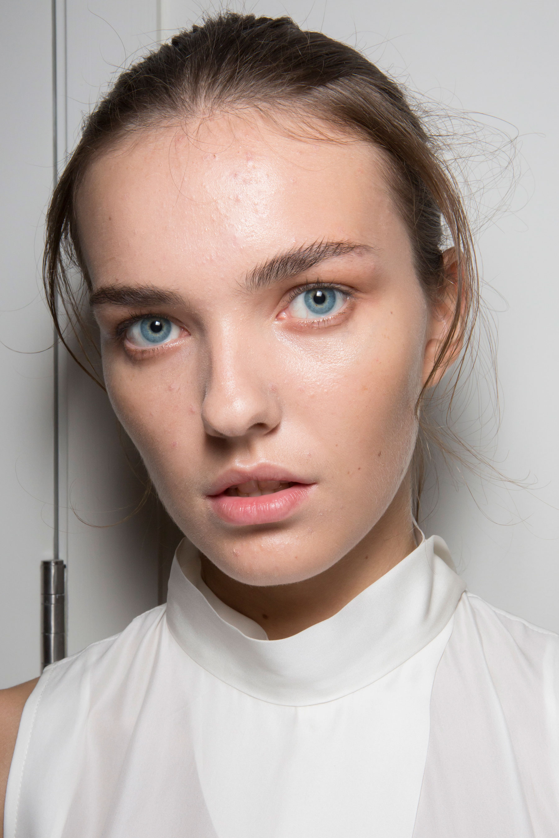Amanda-wakeley-spring-2016-beauty-fashion-show-the-impression-24