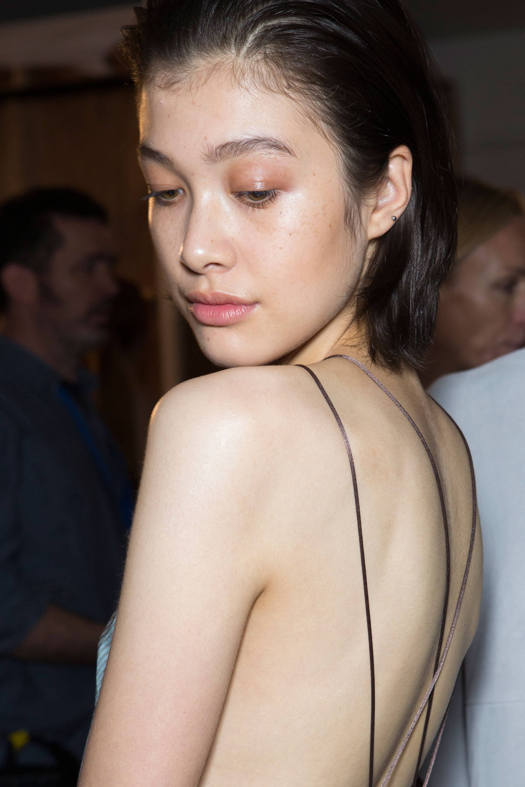 Amanda-wakeley-spring-2016-beauty-fashion-show-the-impression-49