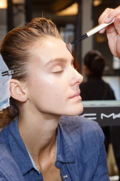 Ann-Demeulemeester-spring-2016-beauty-fashion-show-the-impression-02