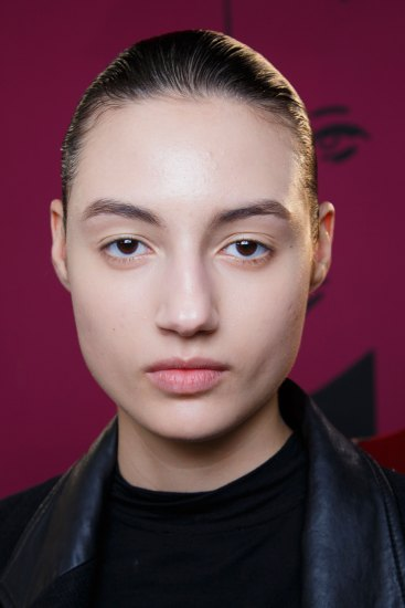 Anrealage-spring-2016-beauty-fashion-show-the-impression-39