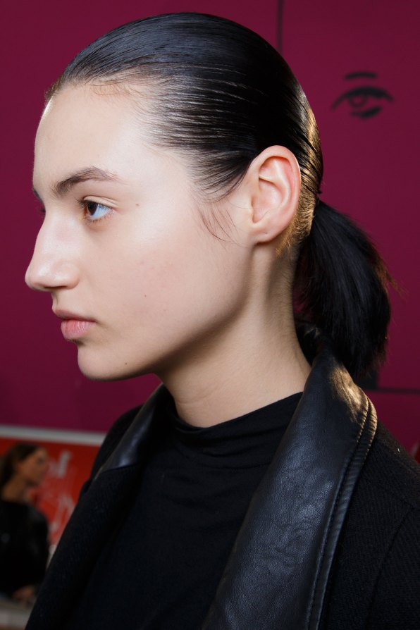 Anrealage-spring-2016-beauty-fashion-show-the-impression-41