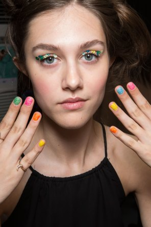 Ashish-spring-2016-beauty-fashion-show-the-impression-013