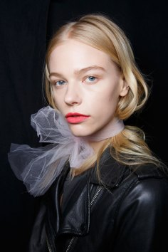BADGLEY-MISCHKA-backstage-beauty-spring-2016-fashion-show-the-impression-23