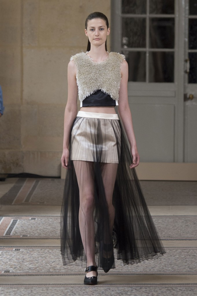 BOUCHRA-JARRAR-fall-2015-couture-show-the-impression-007