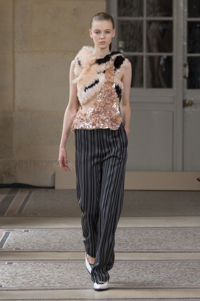 BOUCHRA-JARRAR-fall-2015-couture-show-the-impression-014