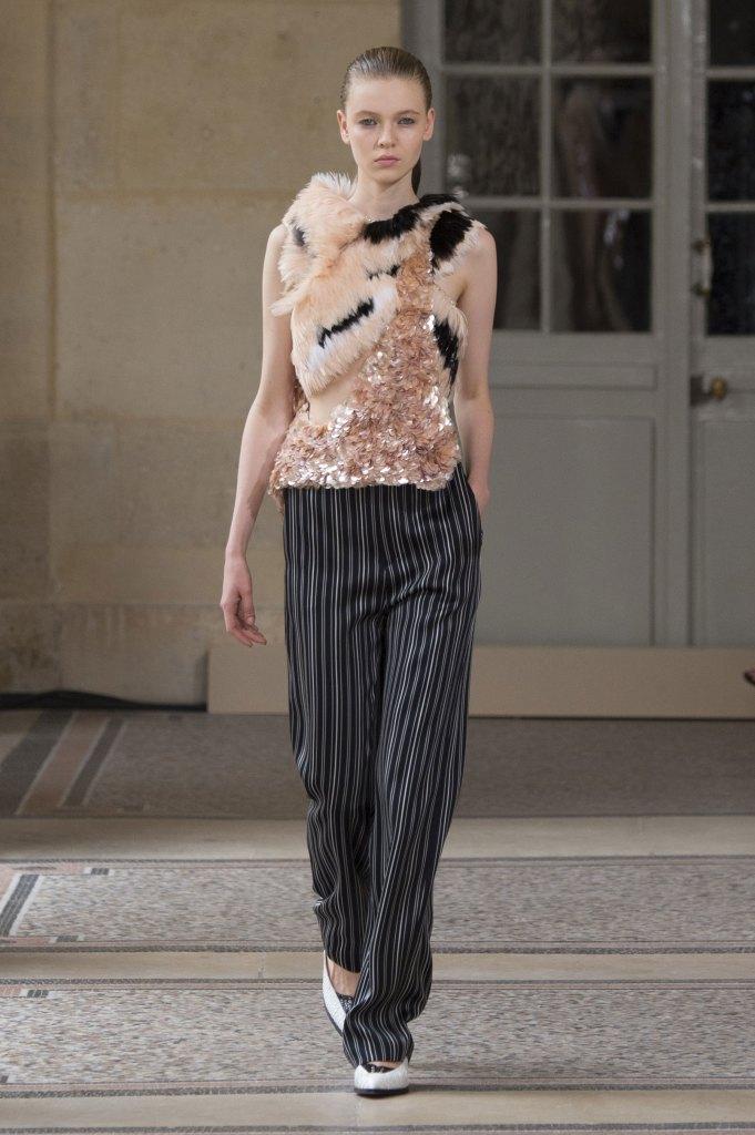BOUCHRA-JARRAR-fall-2015-couture-show-the-impression-014
