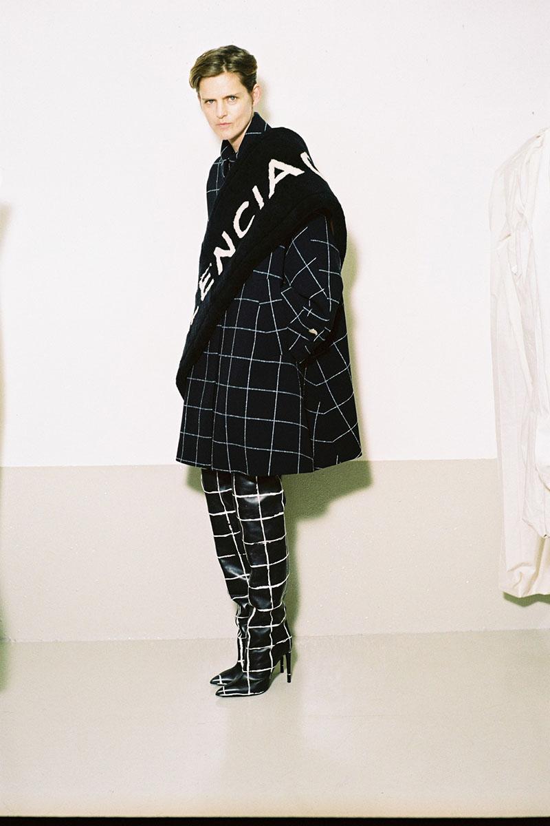 Balenciaga-pre-fall-2016-fashion-show-the-impression-11