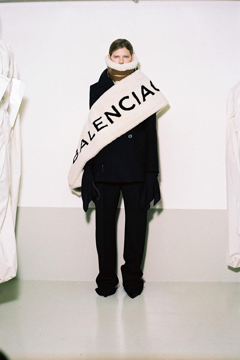 Balenciaga-pre-fall-2016-fashion-show-the-impression-16