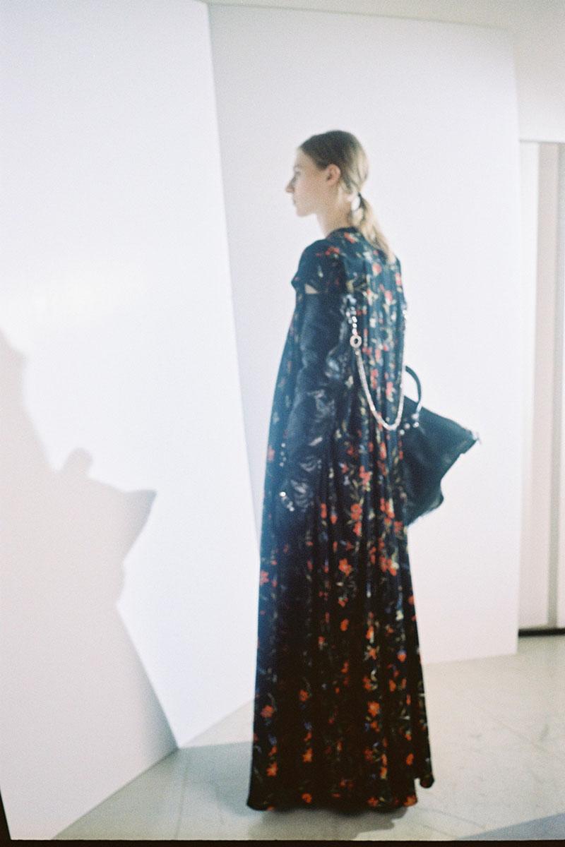Balenciaga-pre-fall-2016-fashion-show-the-impression-18