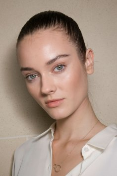 Balmain-spring-2016-beauty-fashion-show-the-impression-20