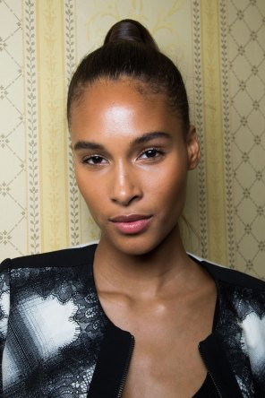 Balmain-spring-2016-beauty-fashion-show-the-impression-85