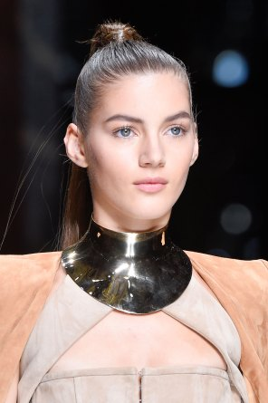 Balmain-spring-2016-runway-beauty-fashion-show-the-impression-35