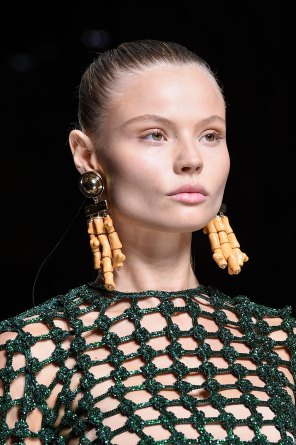 Balmain-spring-2016-runway-beauty-fashion-show-the-impression-52