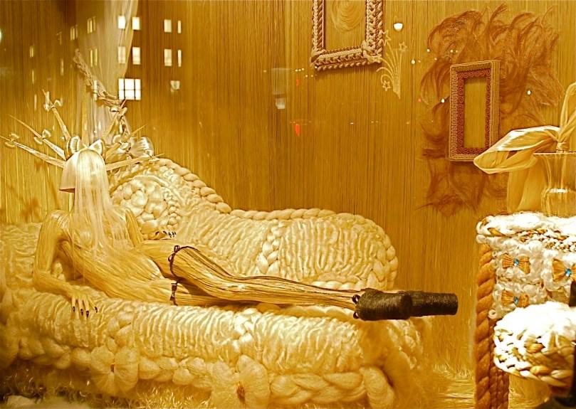 Barneys-New-York-Gaga-Workshop-holiday-2011-the-impression005