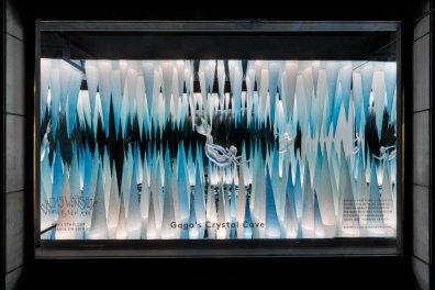 Barneys-New-York-Gaga-Workshop-holiday-2011-the-impression017