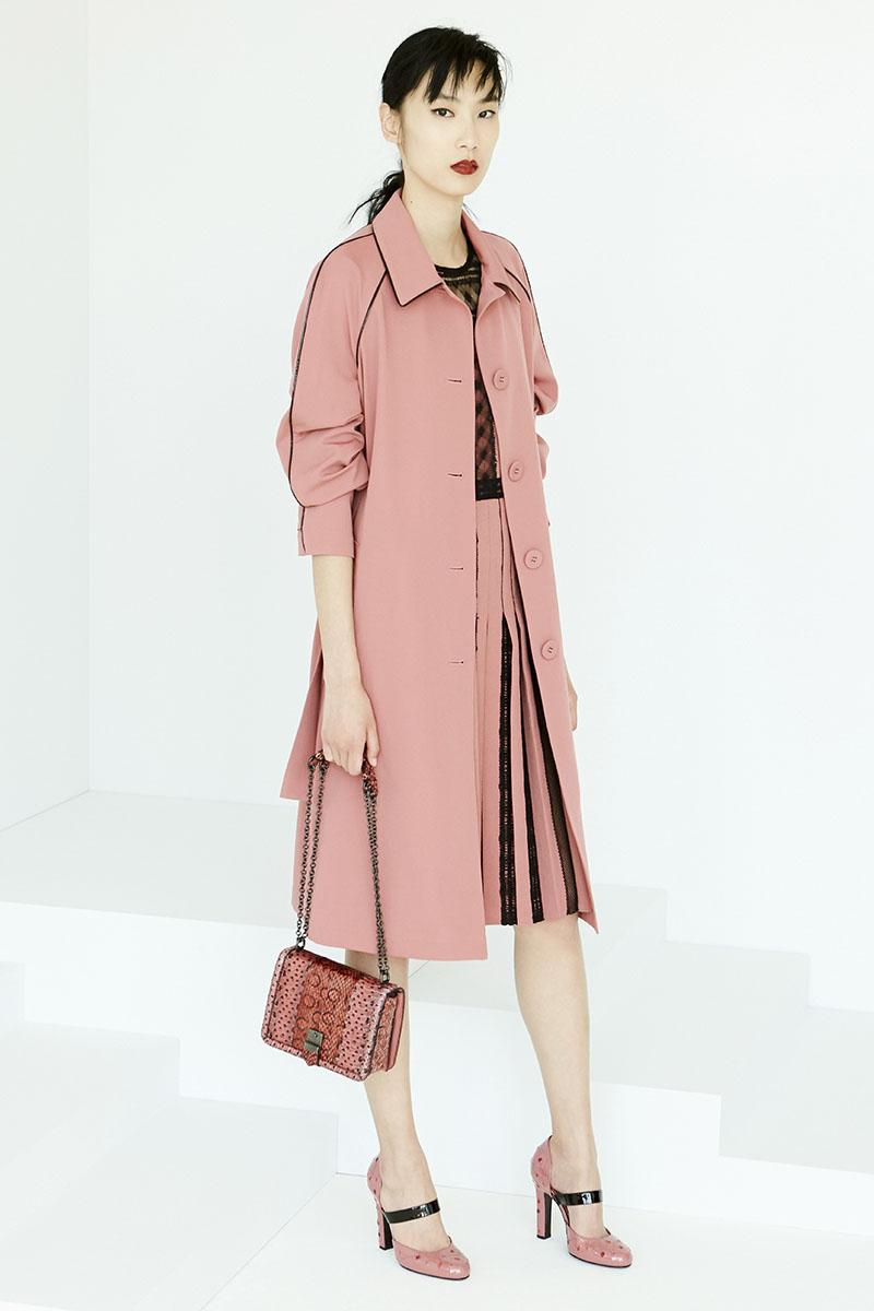 Bottega-Veneta-fashion-show-resort-2017-ready-to-wear-the-impression-21