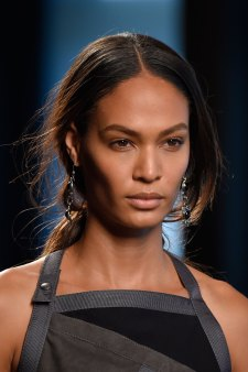 Bottega-Veneta-runway-beauty-spring-2016-close-up-fashion-show-the-impression-016