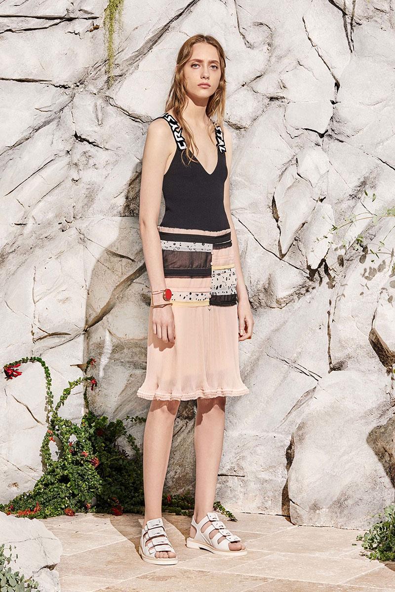 Carven-resort-2017-fashion-show-the-impression-10