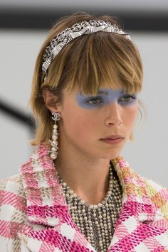 Chanel-spring-2016-runway-beauty-fashion-show-the-impression-20