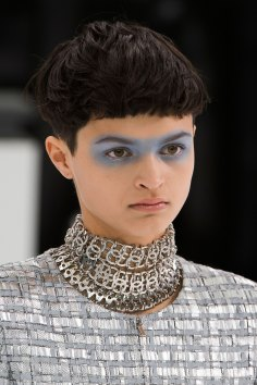 Chanel-spring-2016-runway-beauty-fashion-show-the-impression-22