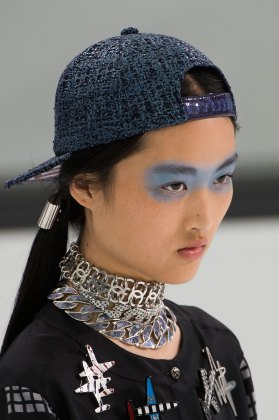 Chanel-spring-2016-runway-beauty-fashion-show-the-impression-30