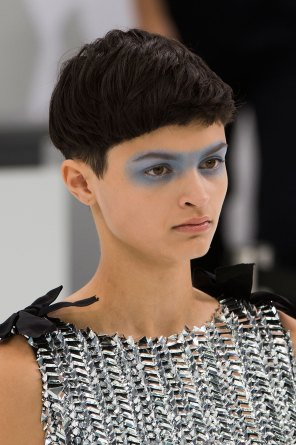 Chanel-spring-2016-runway-beauty-fashion-show-the-impression-50