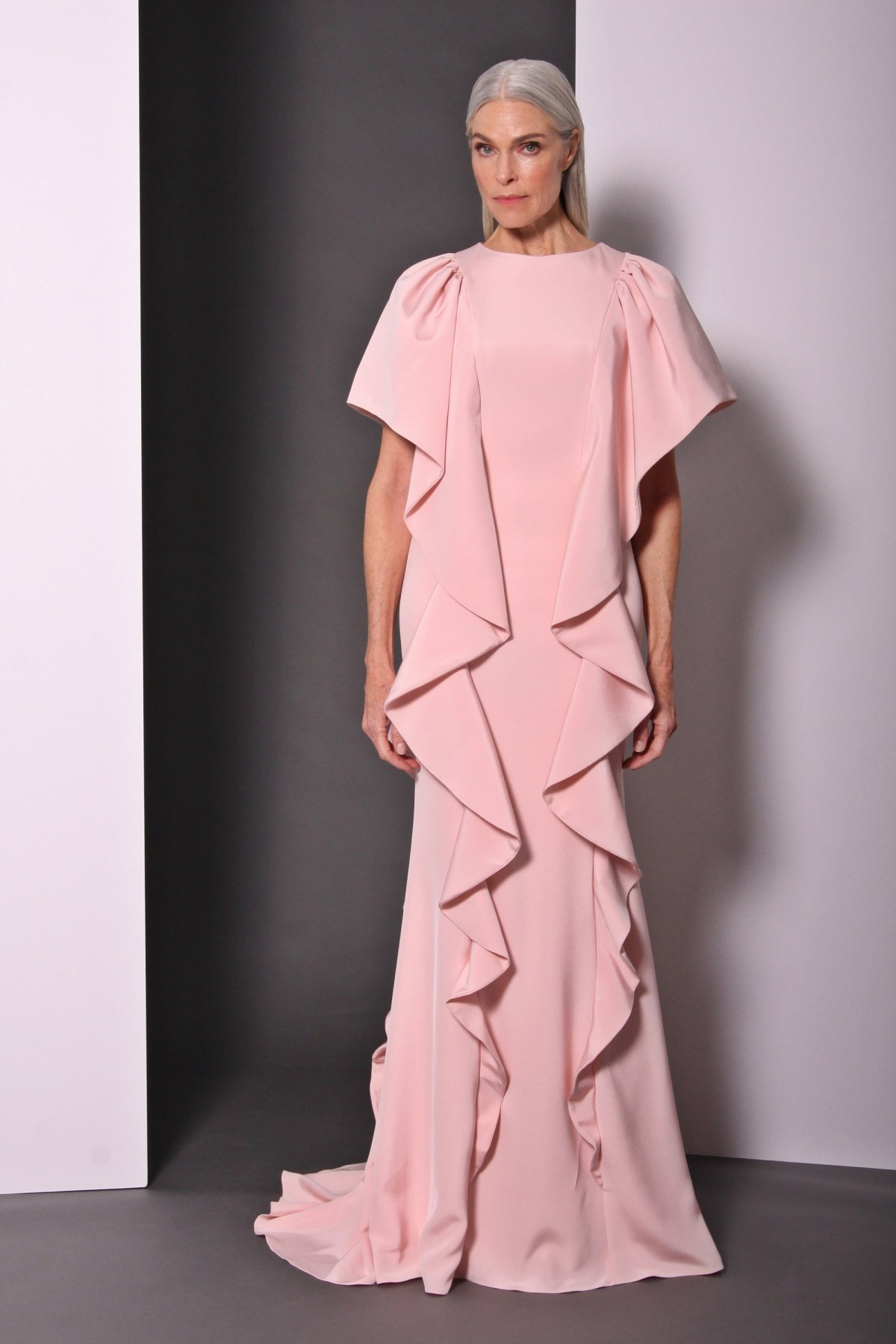 christian-siriano-pre-fall-2017-fashion-show-the-impression-33