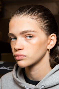 DSquared2-backstage-beauty-spring-2016-fashion-show-the-impression-011
