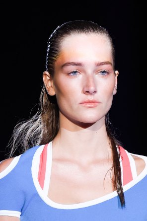 DSquared2-runway-beauty-spring-2016-fashion-show-the-impression-015