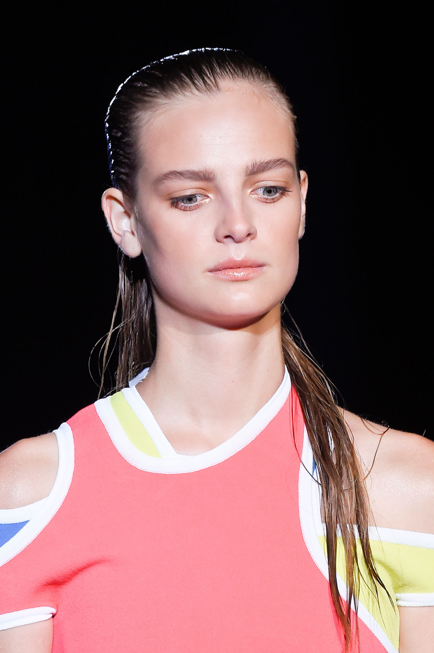 DSquared2-runway-beauty-spring-2016-fashion-show-the-impression-018