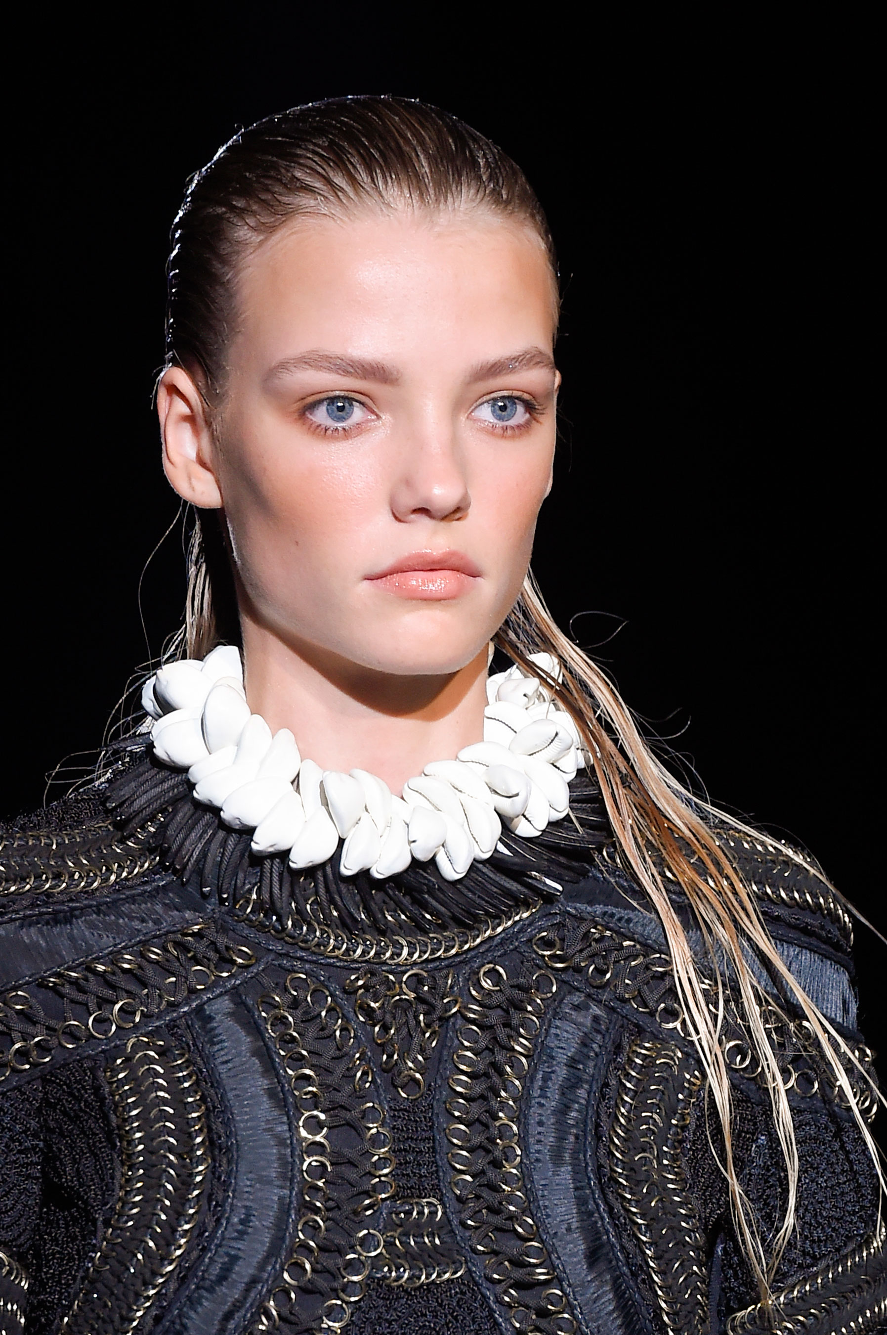 DSquared2-runway-beauty-spring-2016-fashion-show-the-impression-031