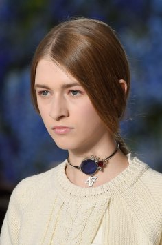 Dior-runway-beauty-spring-2016-fashion-show-the-impression-019