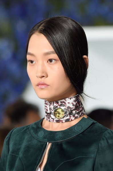 Dior-runway-beauty-spring-2016-fashion-show-the-impression-025