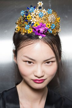 Dolce-and-Gabanna-backstage-beauty-spring-2016-fashion-show-the-impression-061