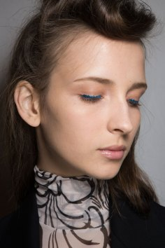 Dries-van-Noten-spring-2016-beauty-fashion-show-the-impression-15