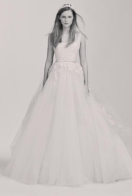 Elie-Saab-bridal-the-impression-21