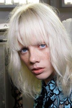 Emanuel-Ungaro-backstage-beauty-spring-2016-fashion-show-the-impression-040