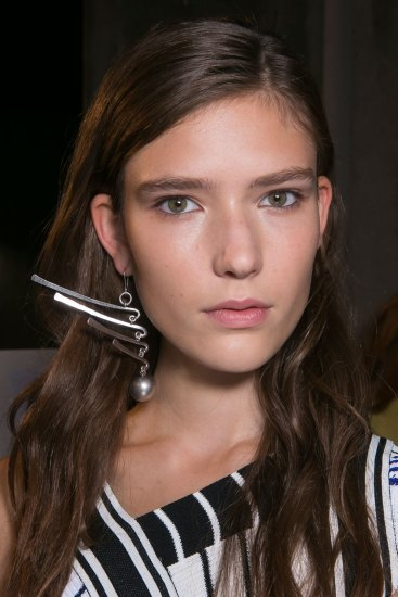 Emilio-Pucci-spring-2016-beauty-fashion-show-the-impression-080
