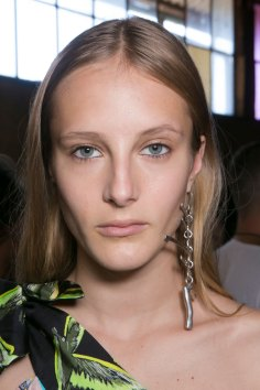 Emilio-Pucci-spring-2016-beauty-fashion-show-the-impression-092