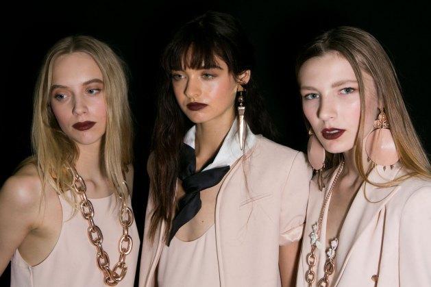 Emporio-Armani-spring-2016-beauty-fashion-show-the-impression-38
